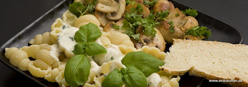 Billede af pasta med gorgonzola sauce og champignon